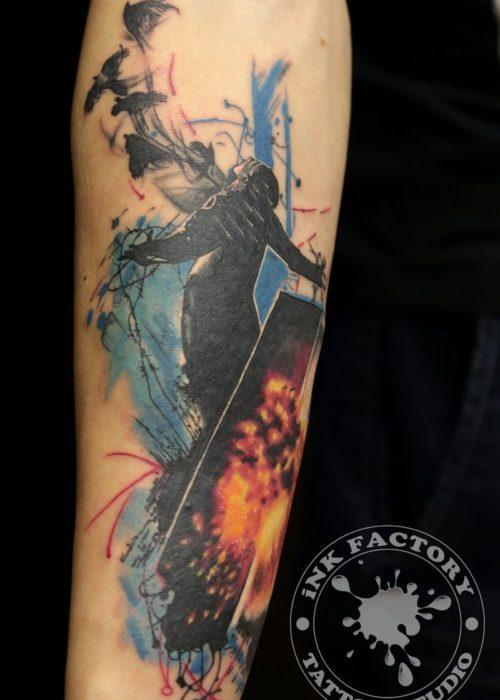 фото тату Человек из которого вылетают птицы