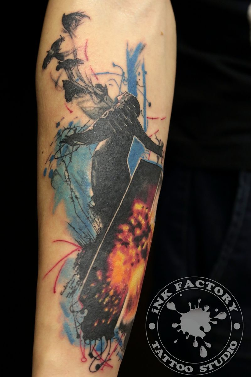 фото тату Татуировка птица феникс на лопатке 388