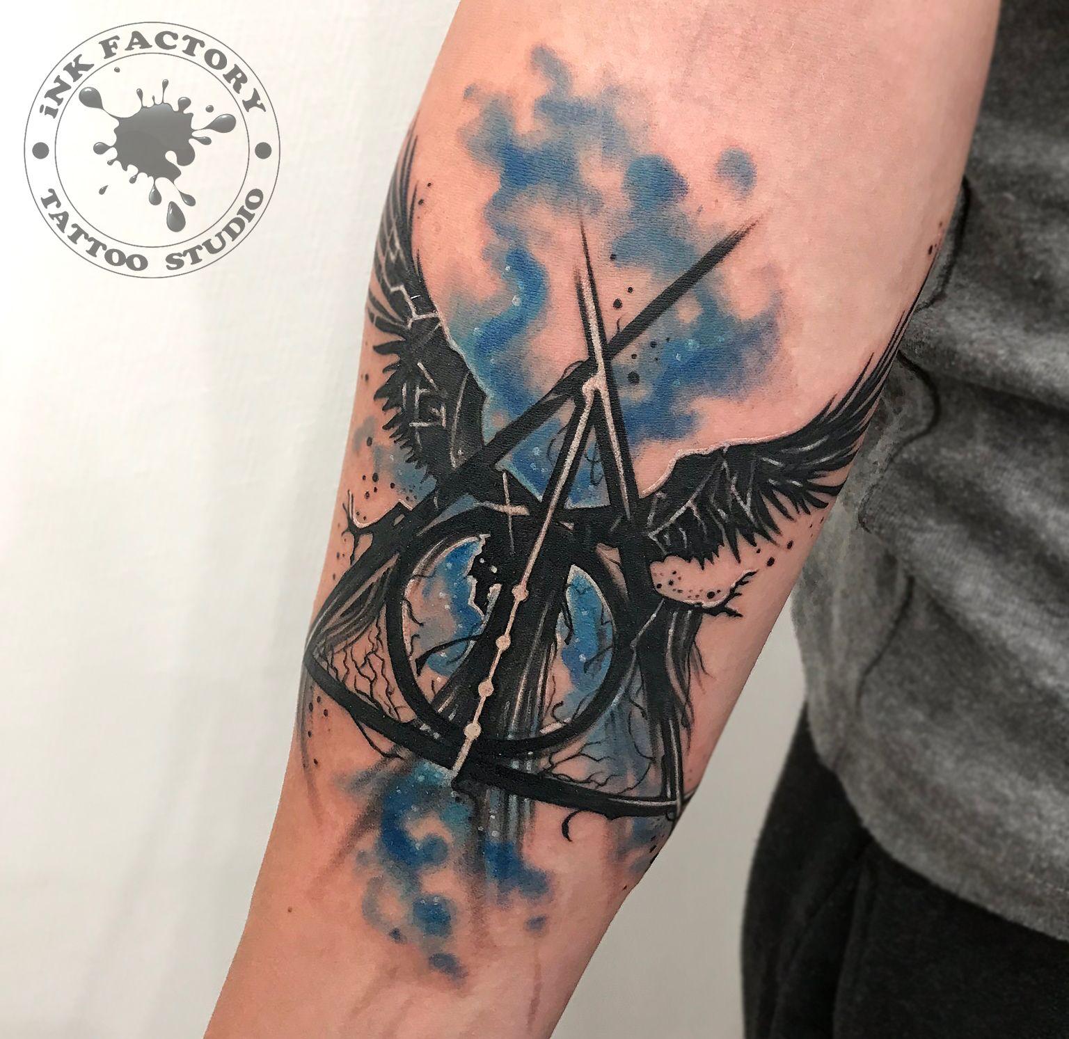 фото тату Татуировка руны выбитые в камне 777