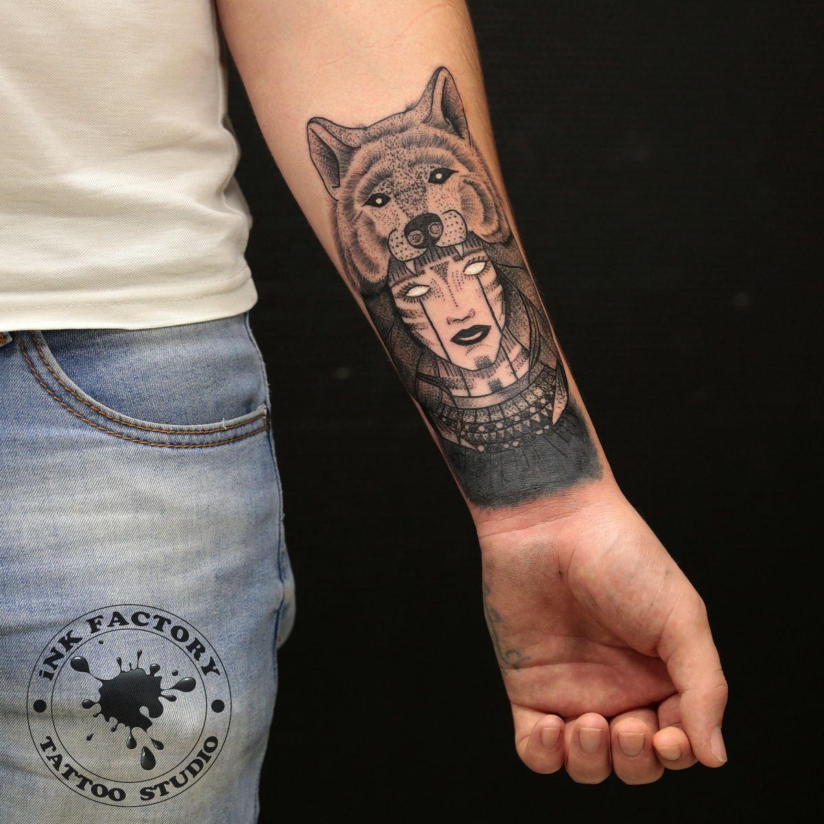 фото тату Волк в славянском стиле тату 368