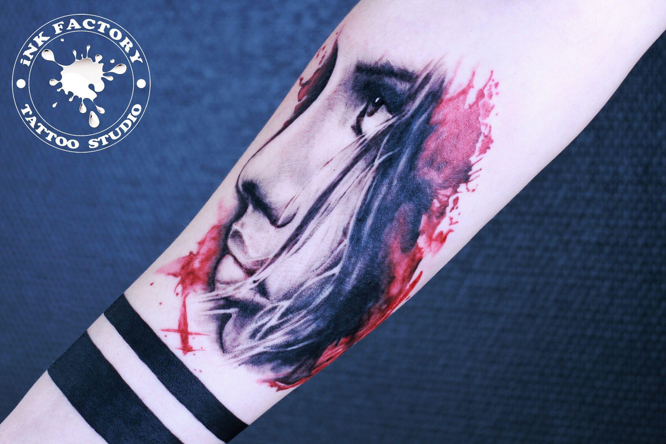 Девушка в польке - сделано в InkFactory