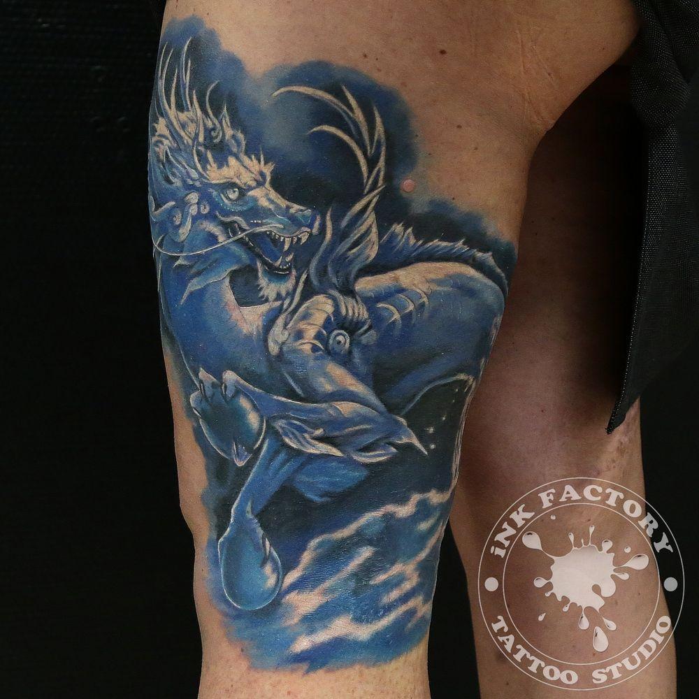 фото тату Чёрно-белая татуировка цветы 309
