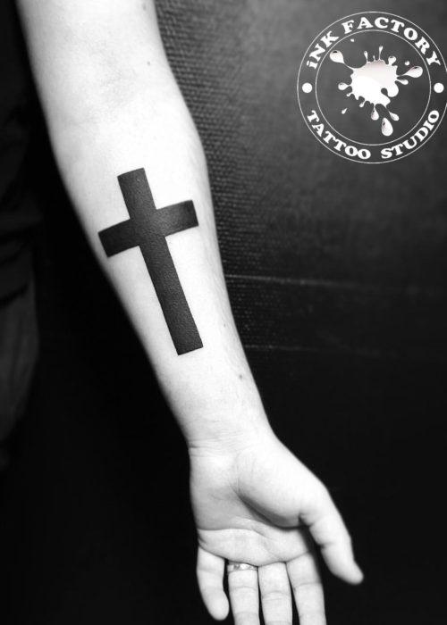 фото тату Крест