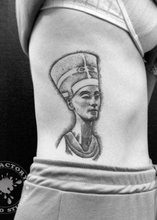 фото тату Нефертити