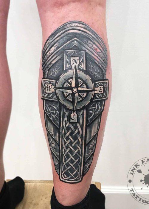 фото тату Ножные латы