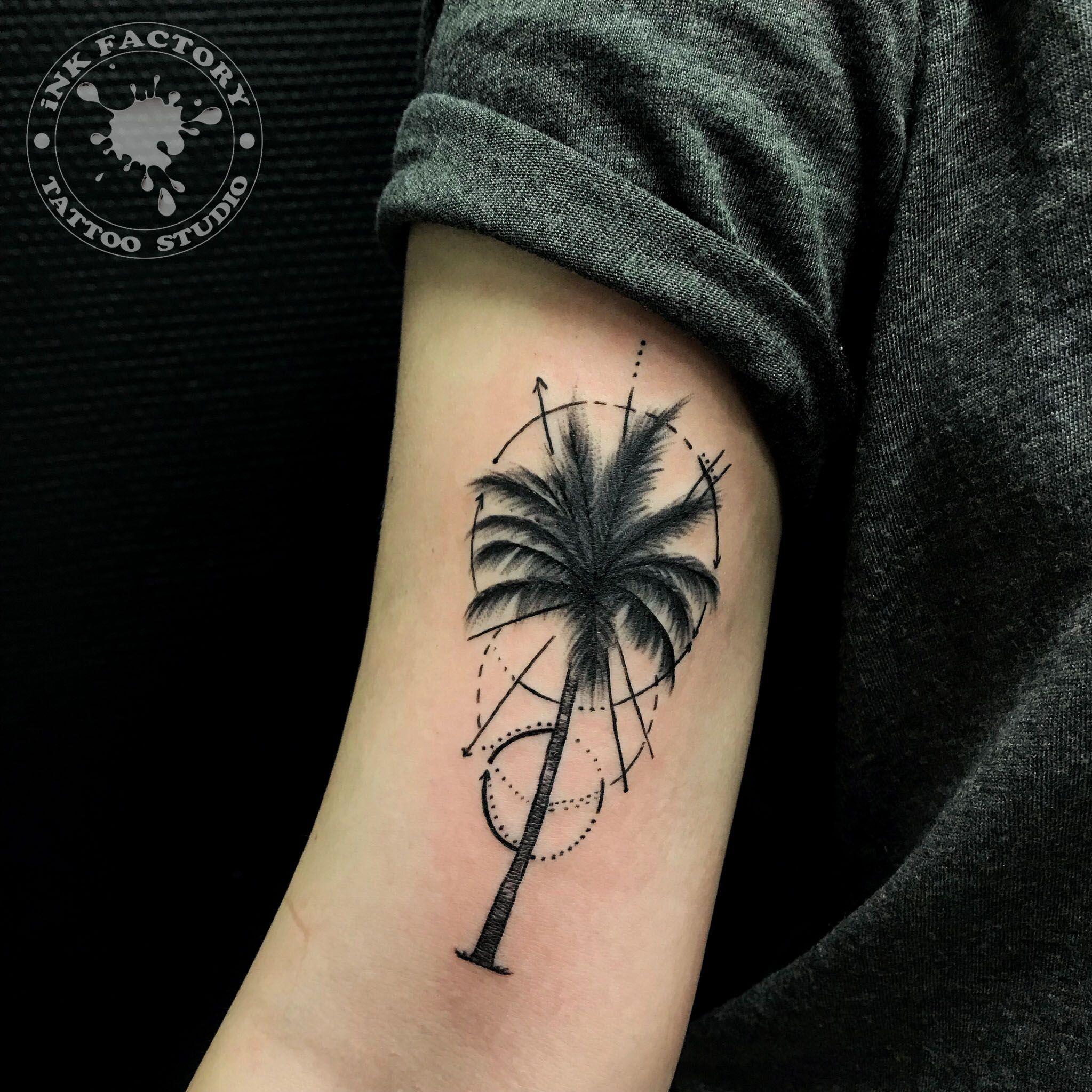 Пальма с геометрией