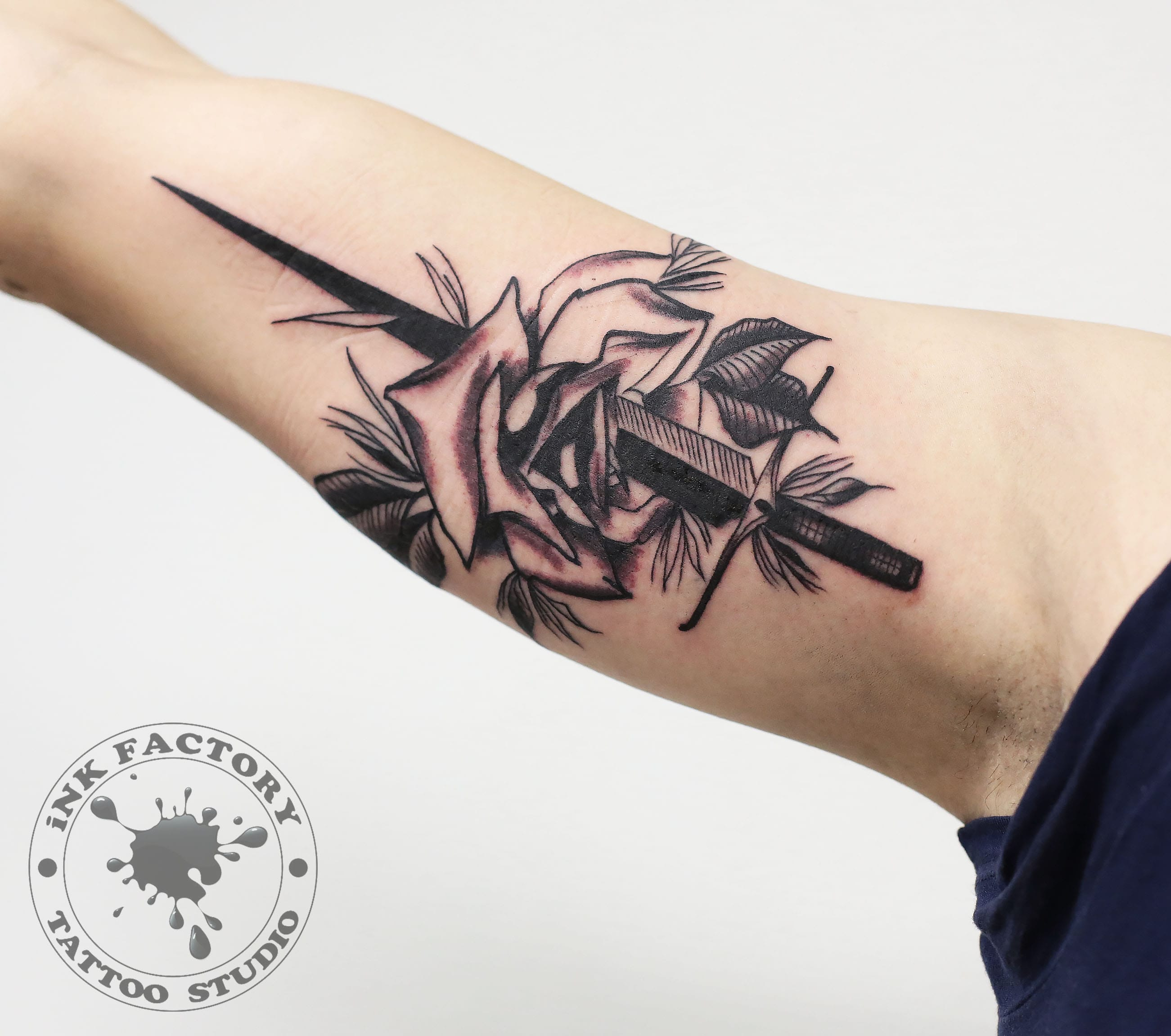 фото тату Волк в славянском стиле тату 581