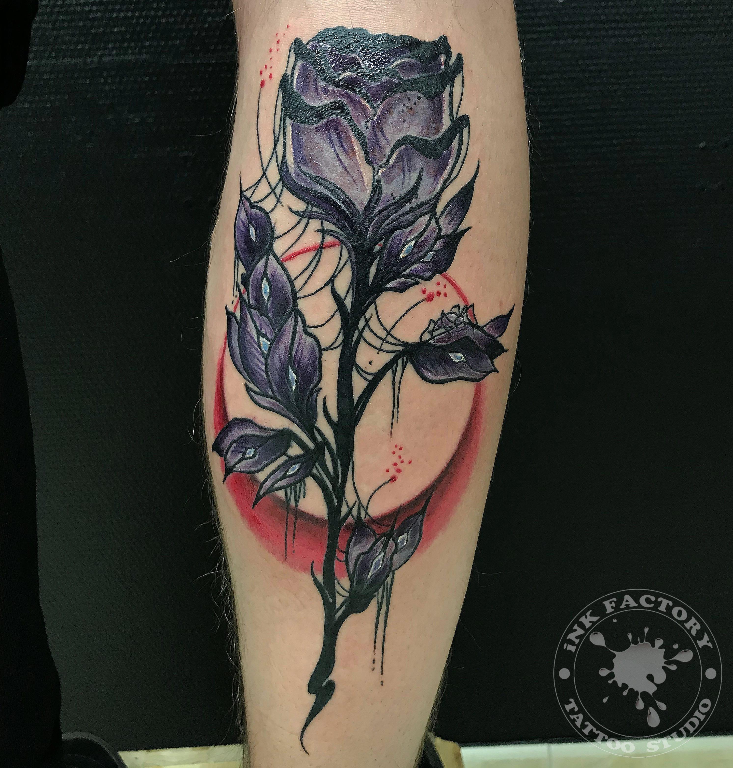 Роза с паутиной