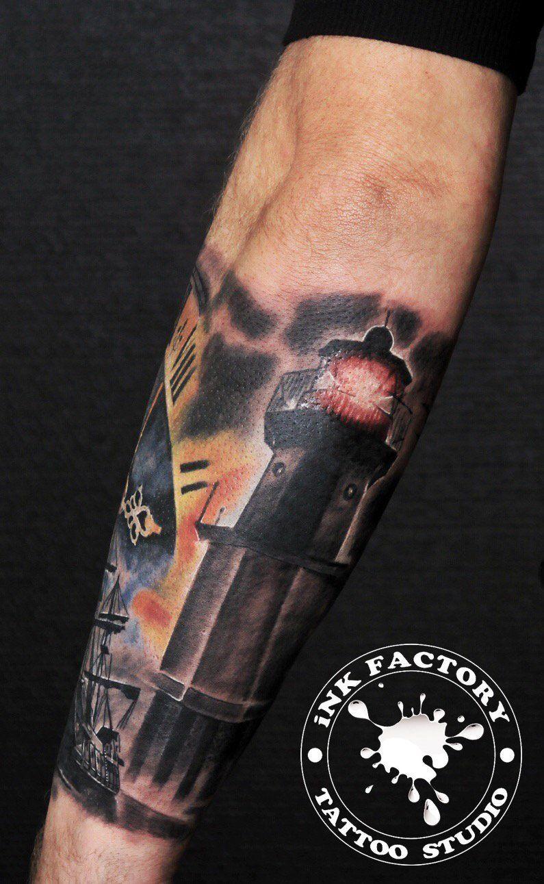Рукав, корабль, маяк, часы...