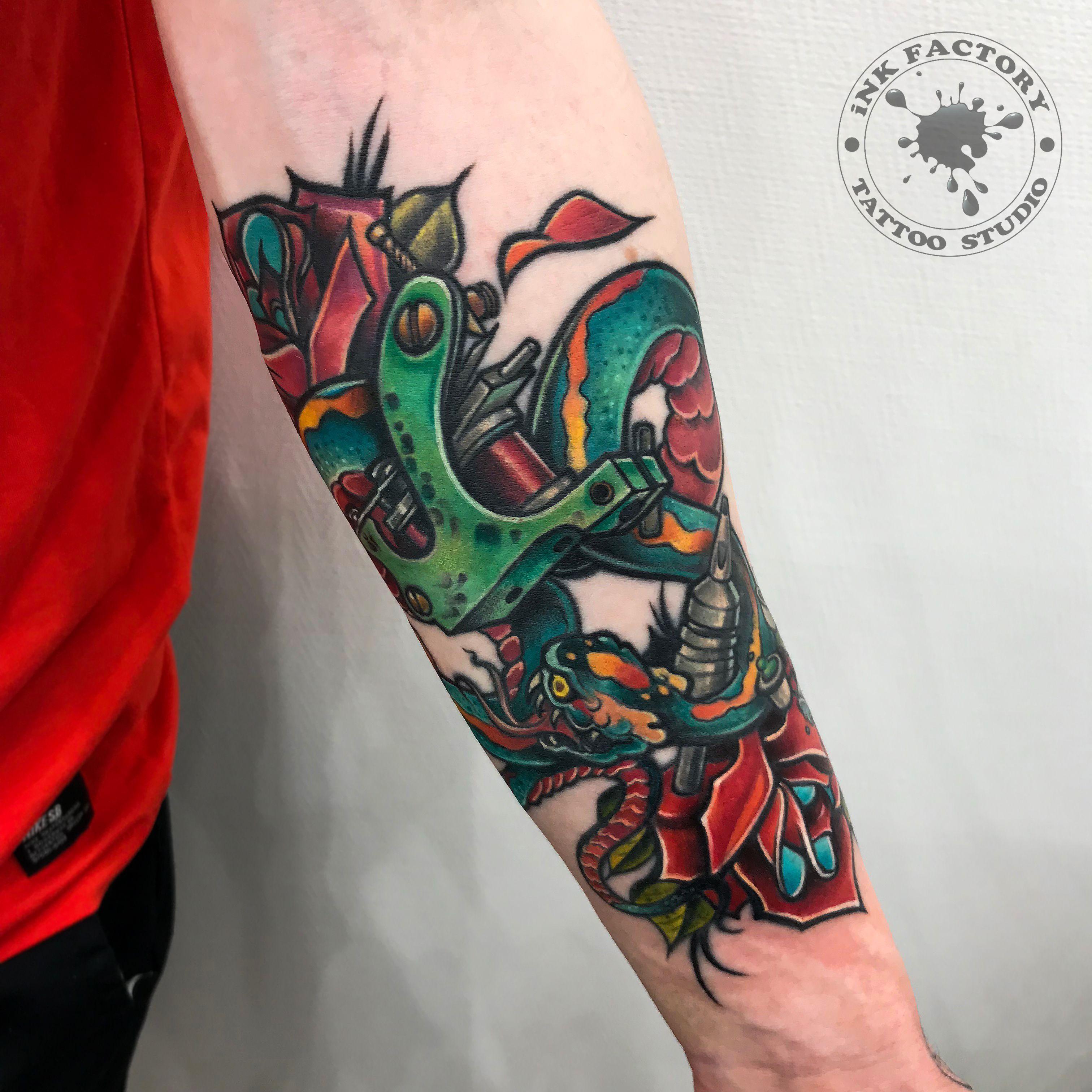 фото тату Небольшая татуировка бабочка 311