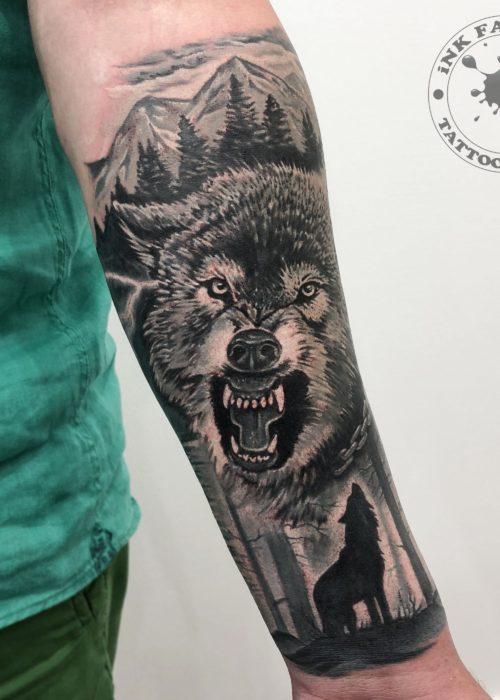 фото тату Волк с оскалом