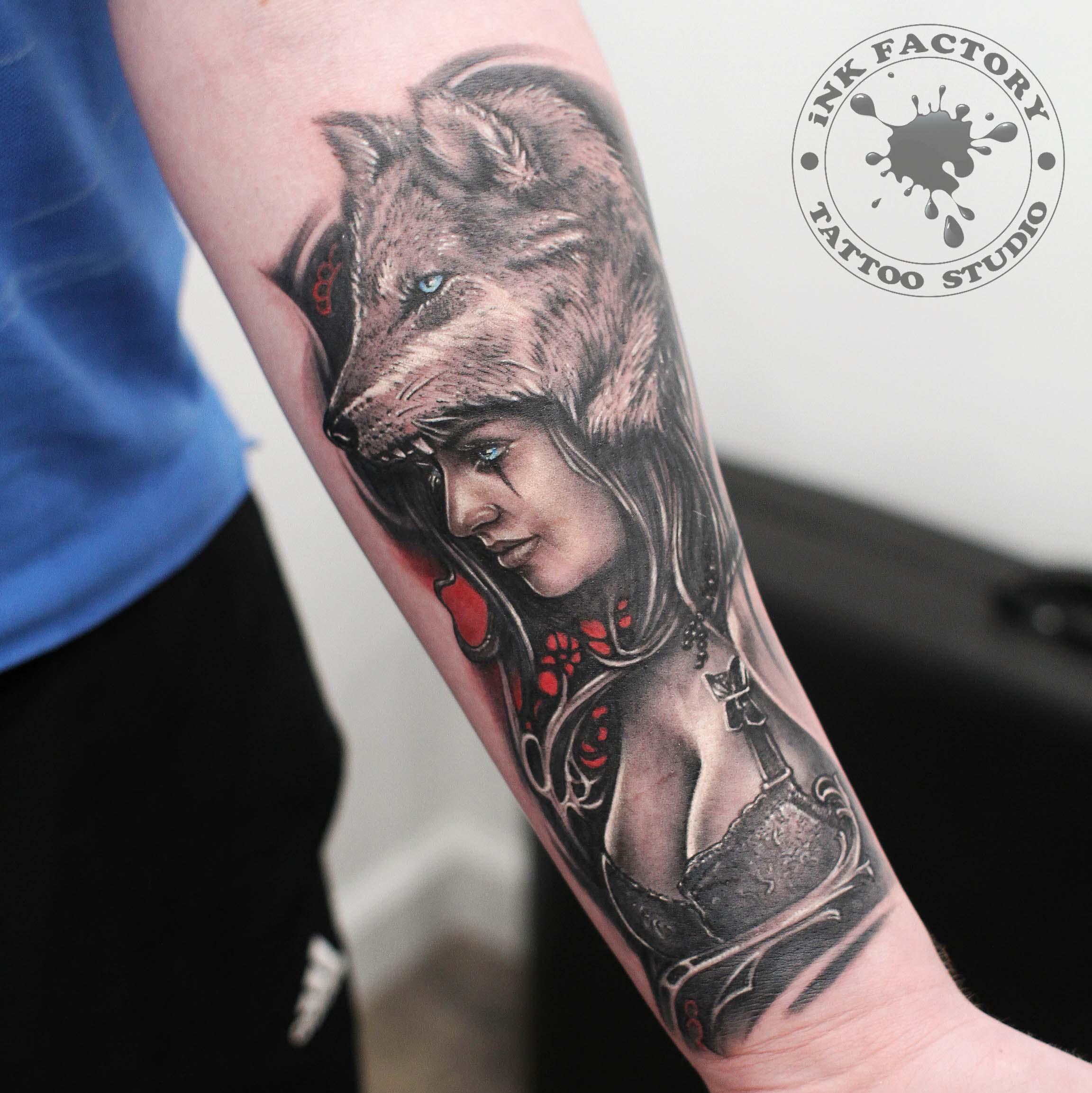 фото тату Волк в славянском стиле тату 250